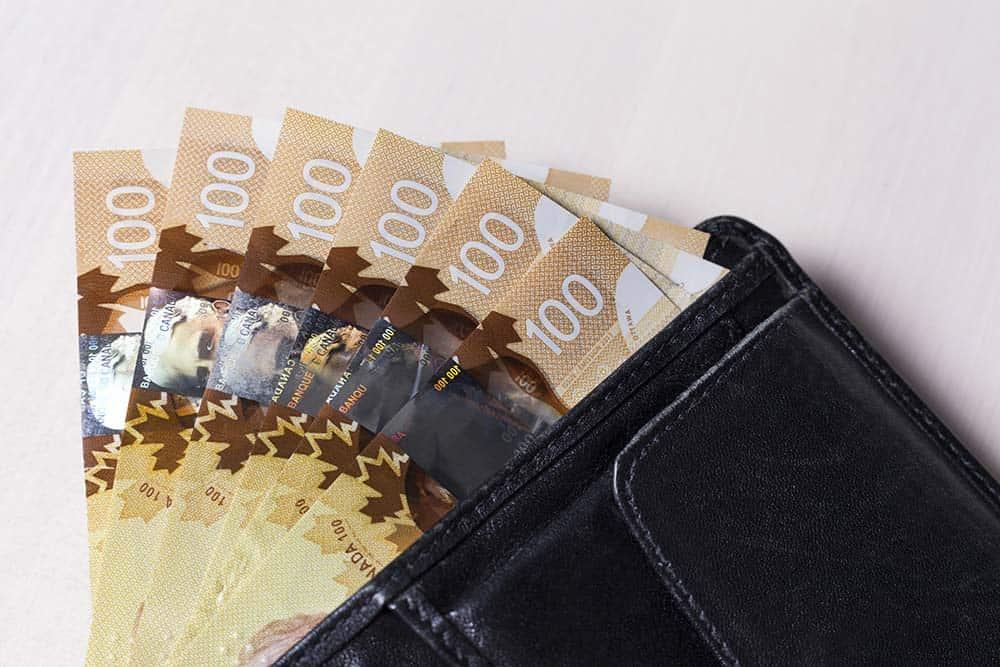 Canadian dollar against strong dollar
