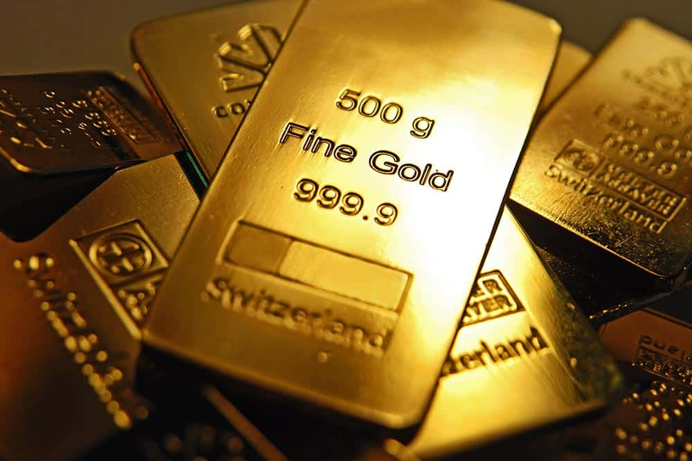 Gold remains solid
